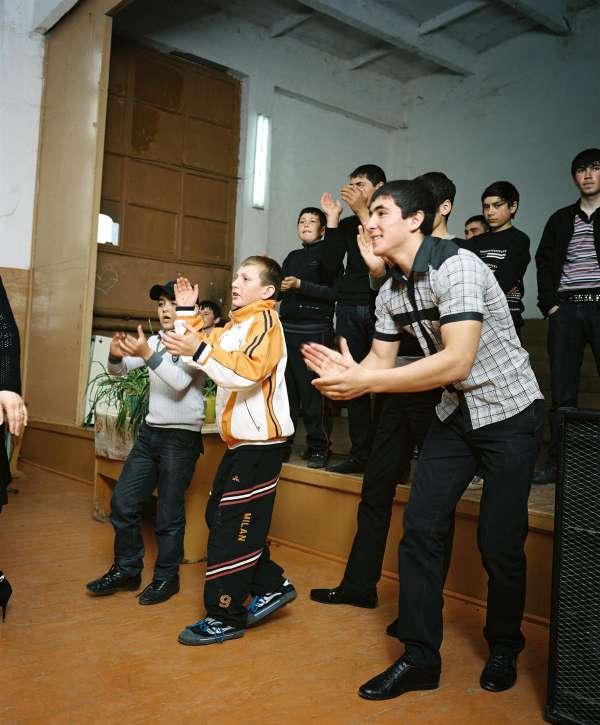 rh100417_sp5511_dancing